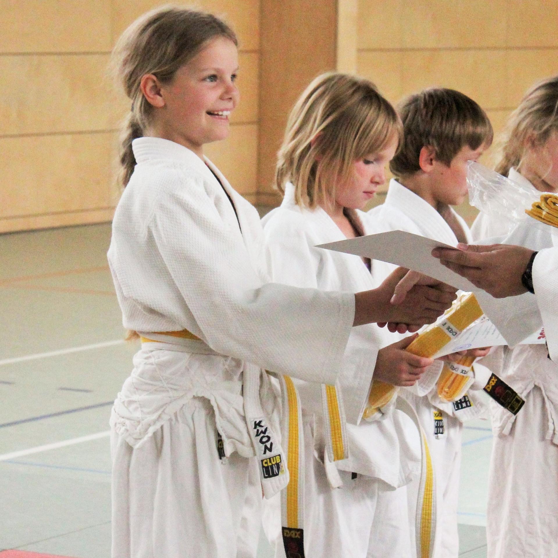 Judo Urkundenübergabe