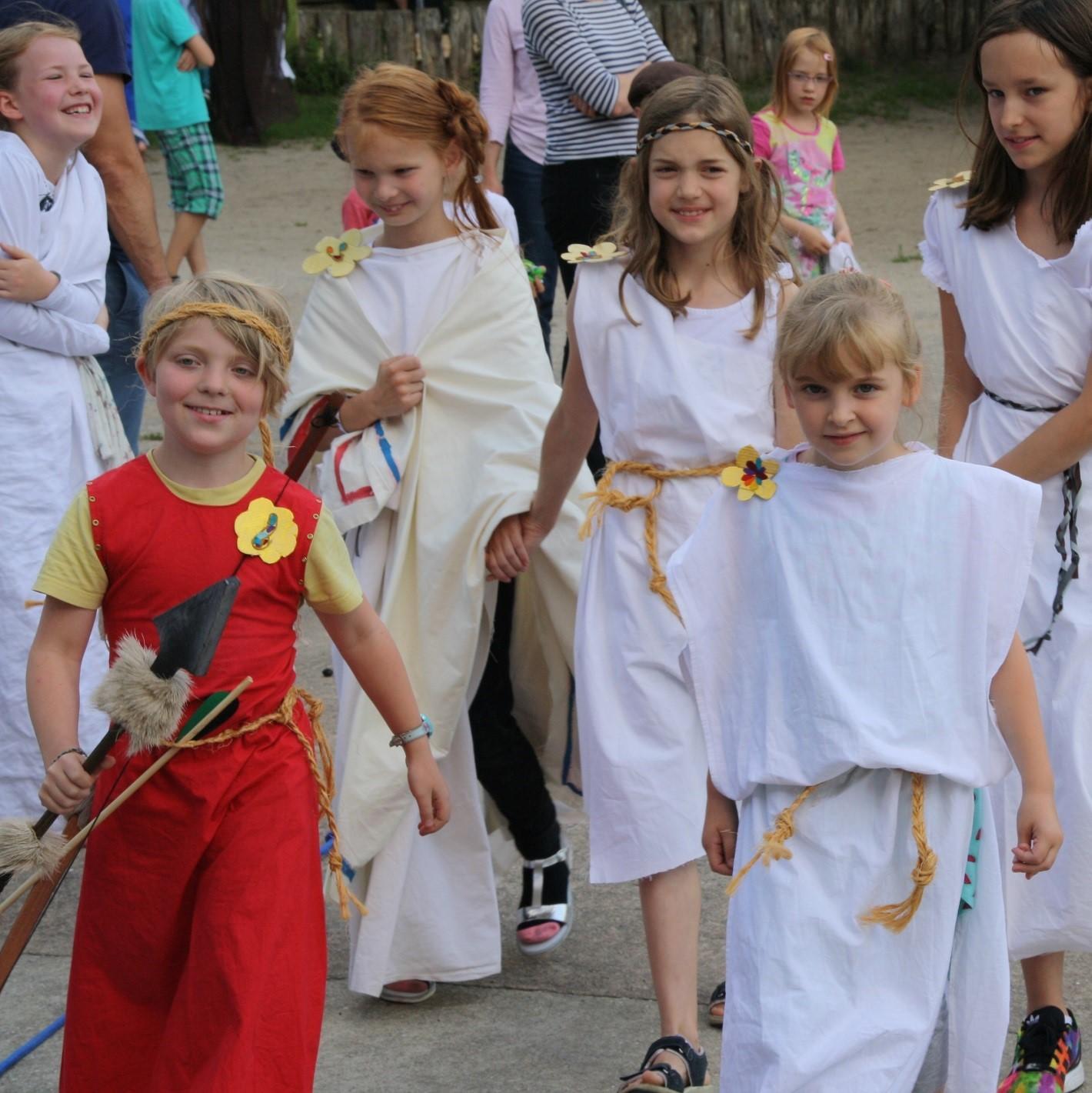 Antikes Sommerfest