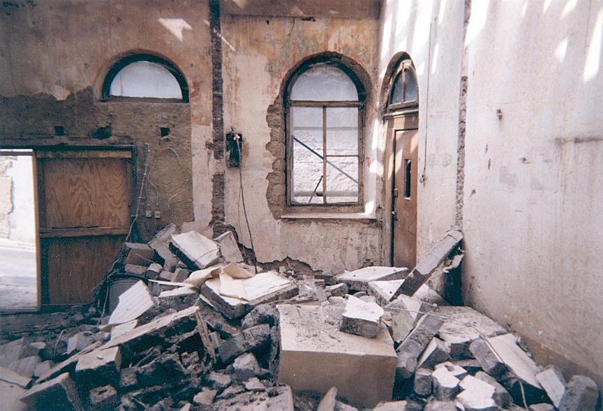 Abriss und Wiederherstellung des einen Synagogenraums, Foto: Michael Bürger