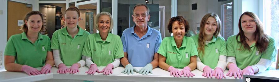 Team der Zahnarztpraxis Dzienus