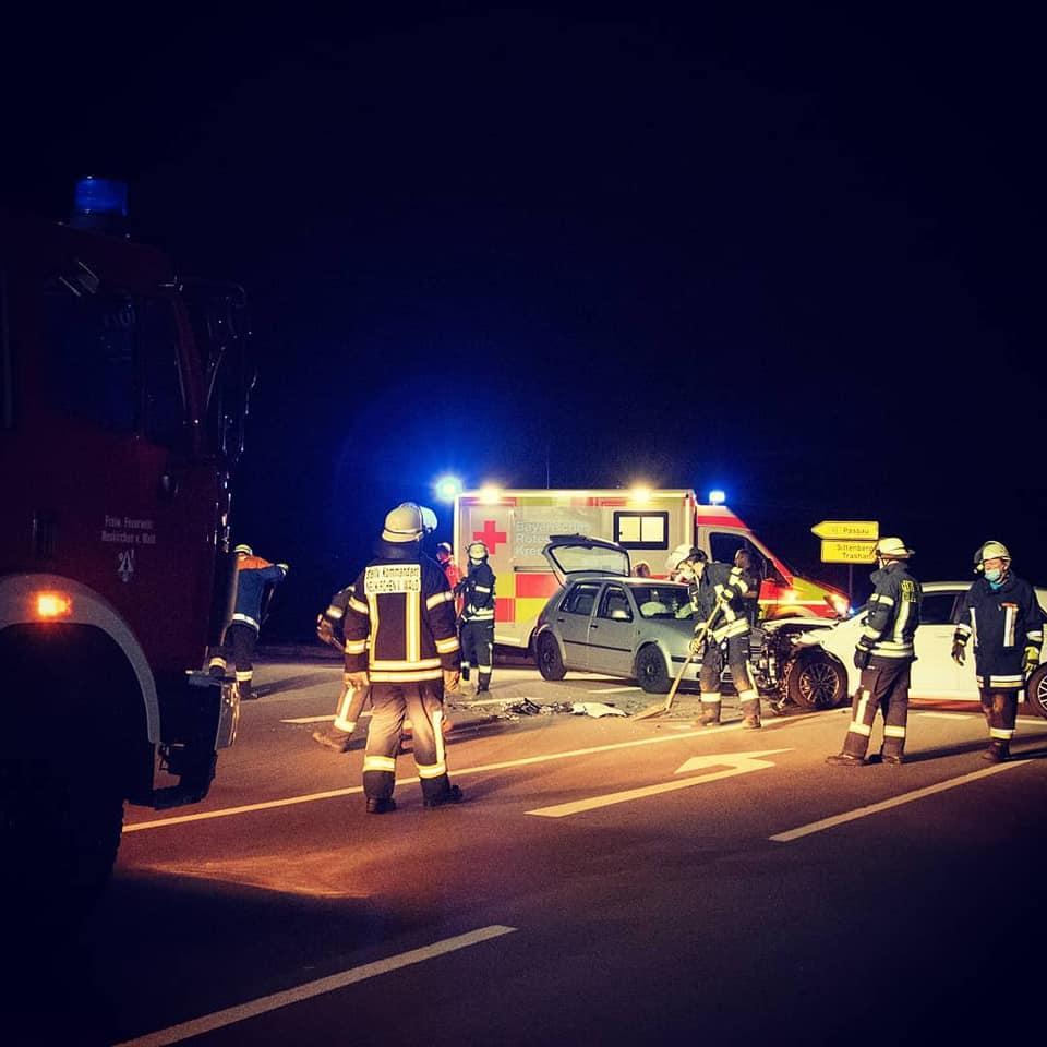 Verkehrsunfall Möging, Auffahrt B85 20.09.2020
