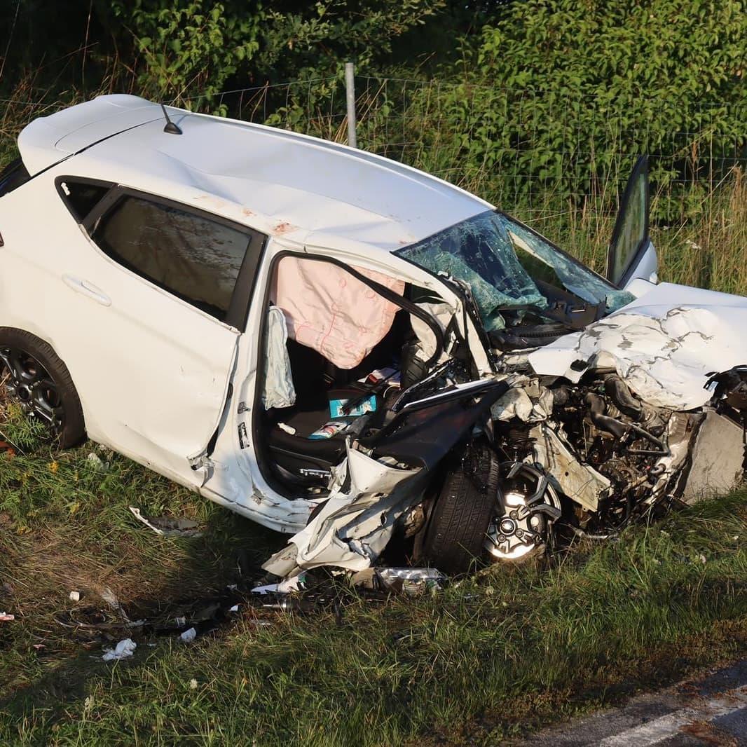 Schwerer Verkehrsunfall B85, Höhe During 30.07.2021
