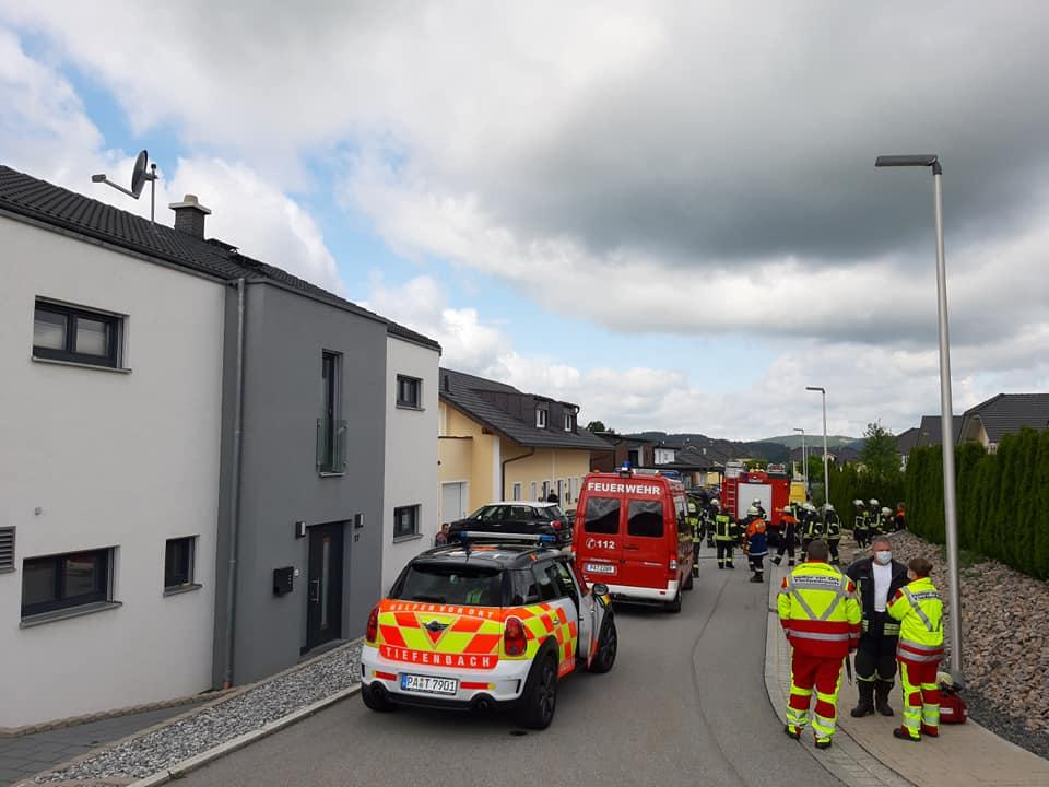 Kellerbrand mit Person in Gefahr 24.05.2020
