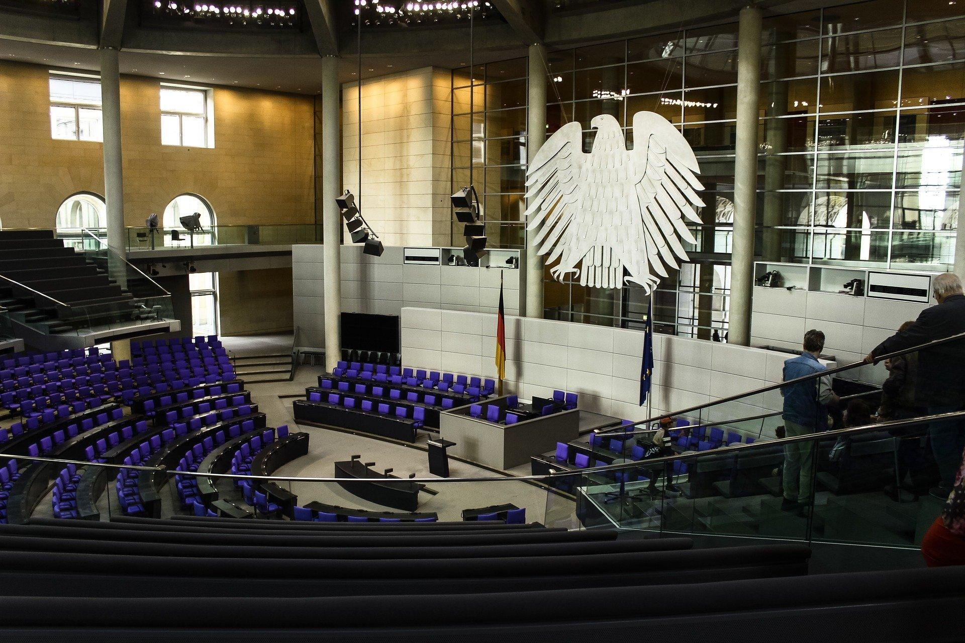 Bild Bundestag, Quelle: Bild von Richard Ley auf Pixabay