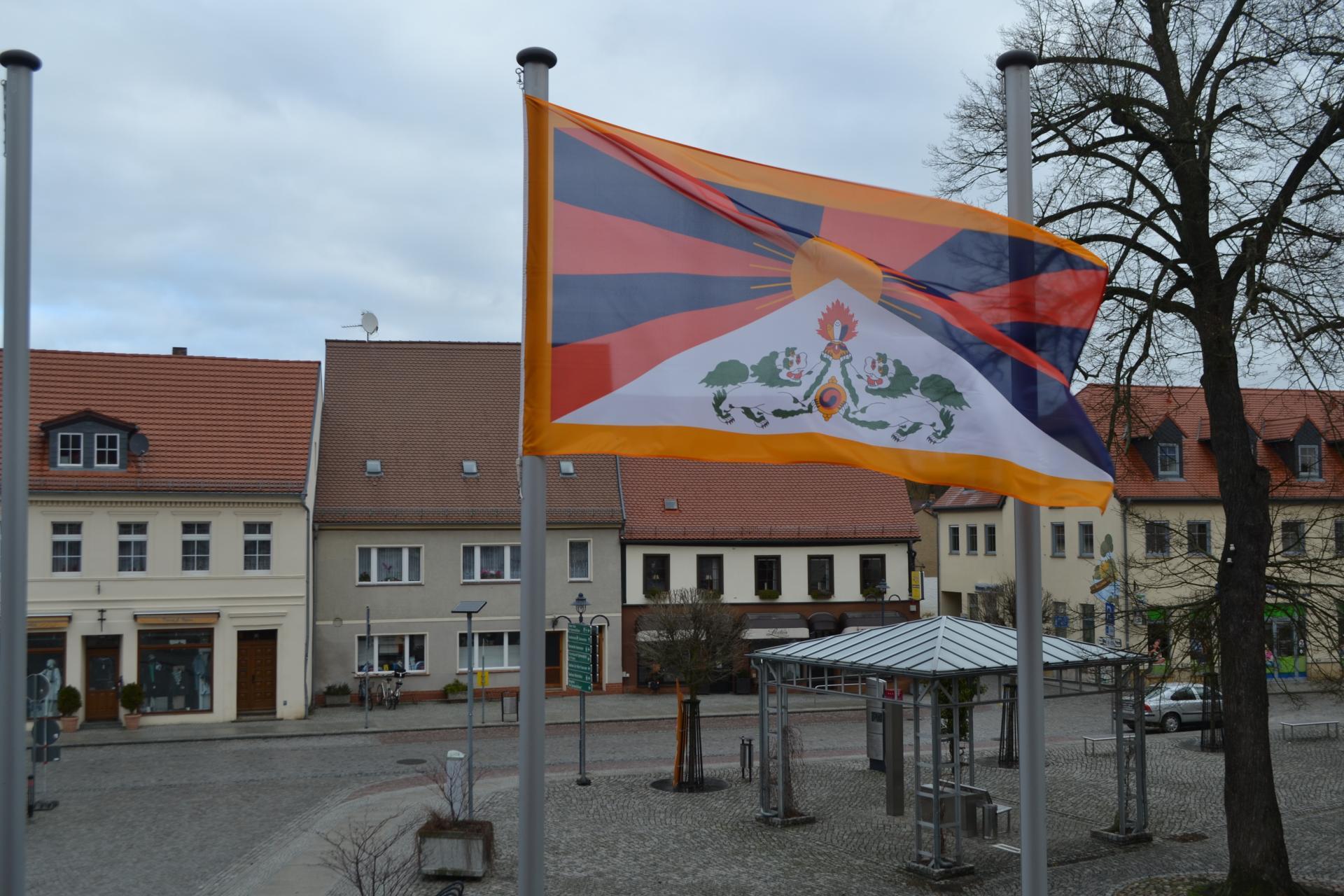 Flagge zeigen für Tibet in Lübbenau/Spreewald, Quelle: Stadt Lübbenau/Spreewald