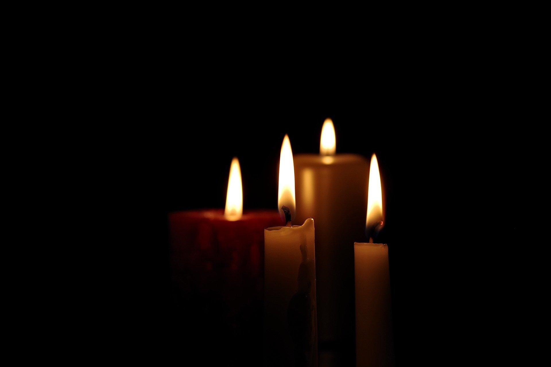 Bild Kerzen, Quelle: Bild von Gerd Altmann auf Pixabay