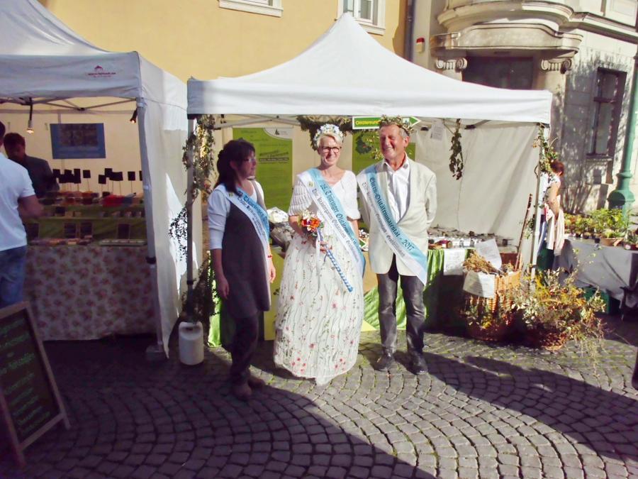 Zwiebelmarkt 2019, Olitätenland-Stand