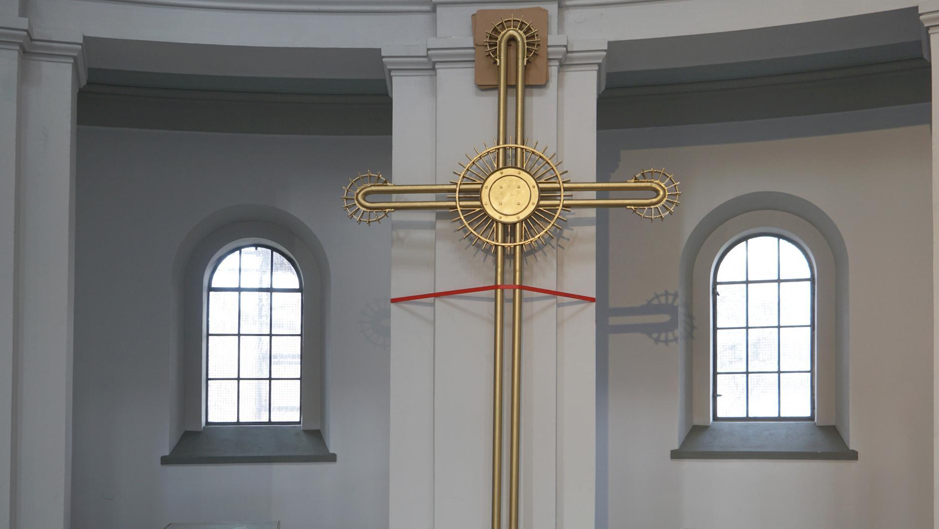 Kreuz nach der Renovierung