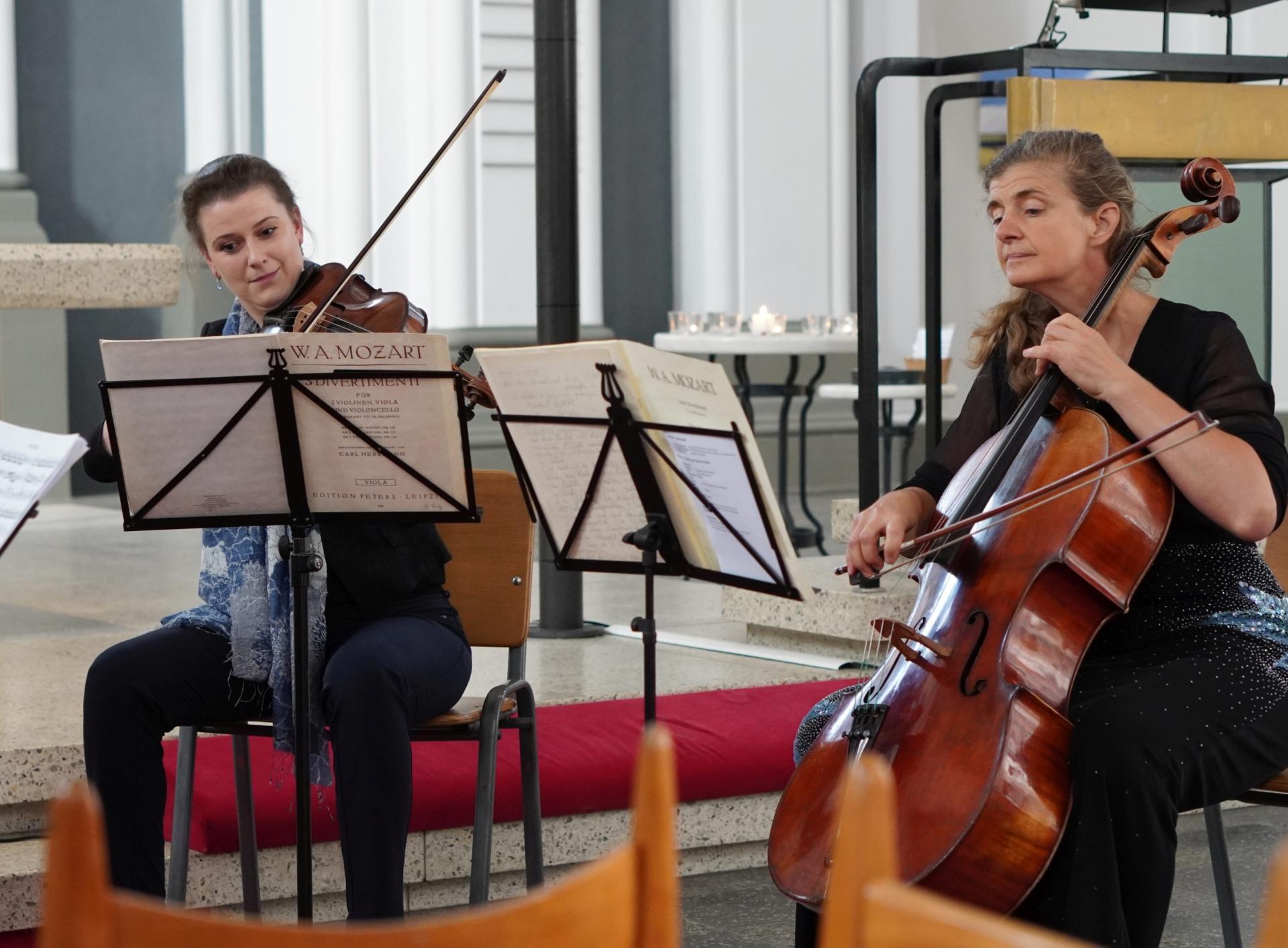 Quartett der Komischen Oper - Bratsche und Cello