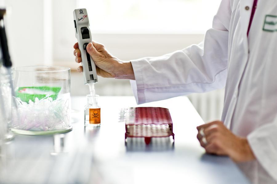 Labor und Untersuchungen