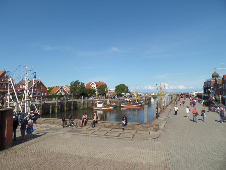 Innenhafen Neuharlingersiel