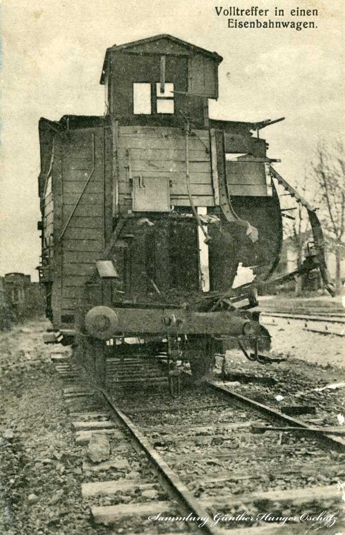 Volltreffer in einem Eisenbahnwagen