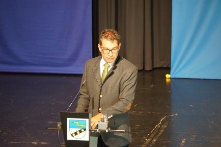 Dr. Andre Baumann