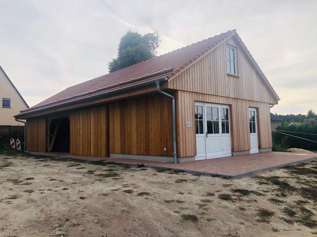 Schutzhütte außen
