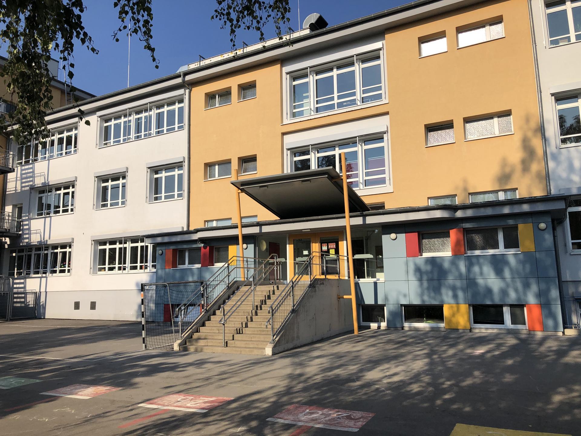 Schulgebäude Corneliusschule