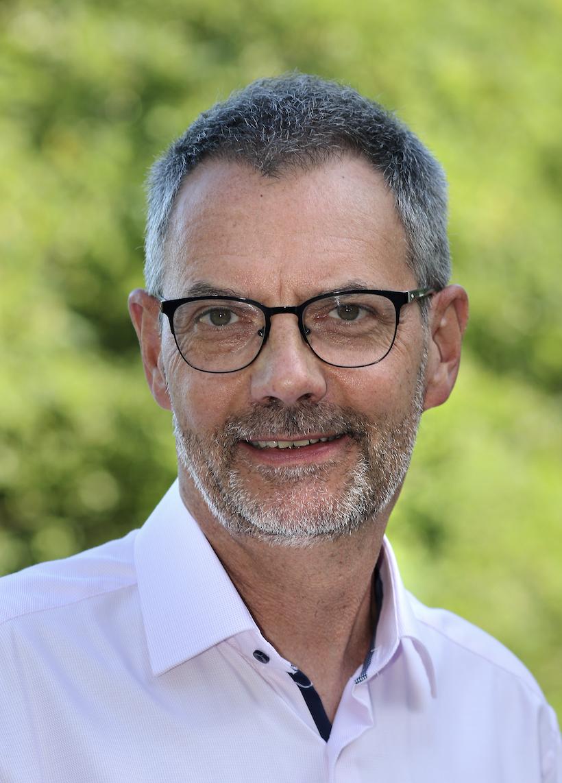 Dr. Eberhard Stroben