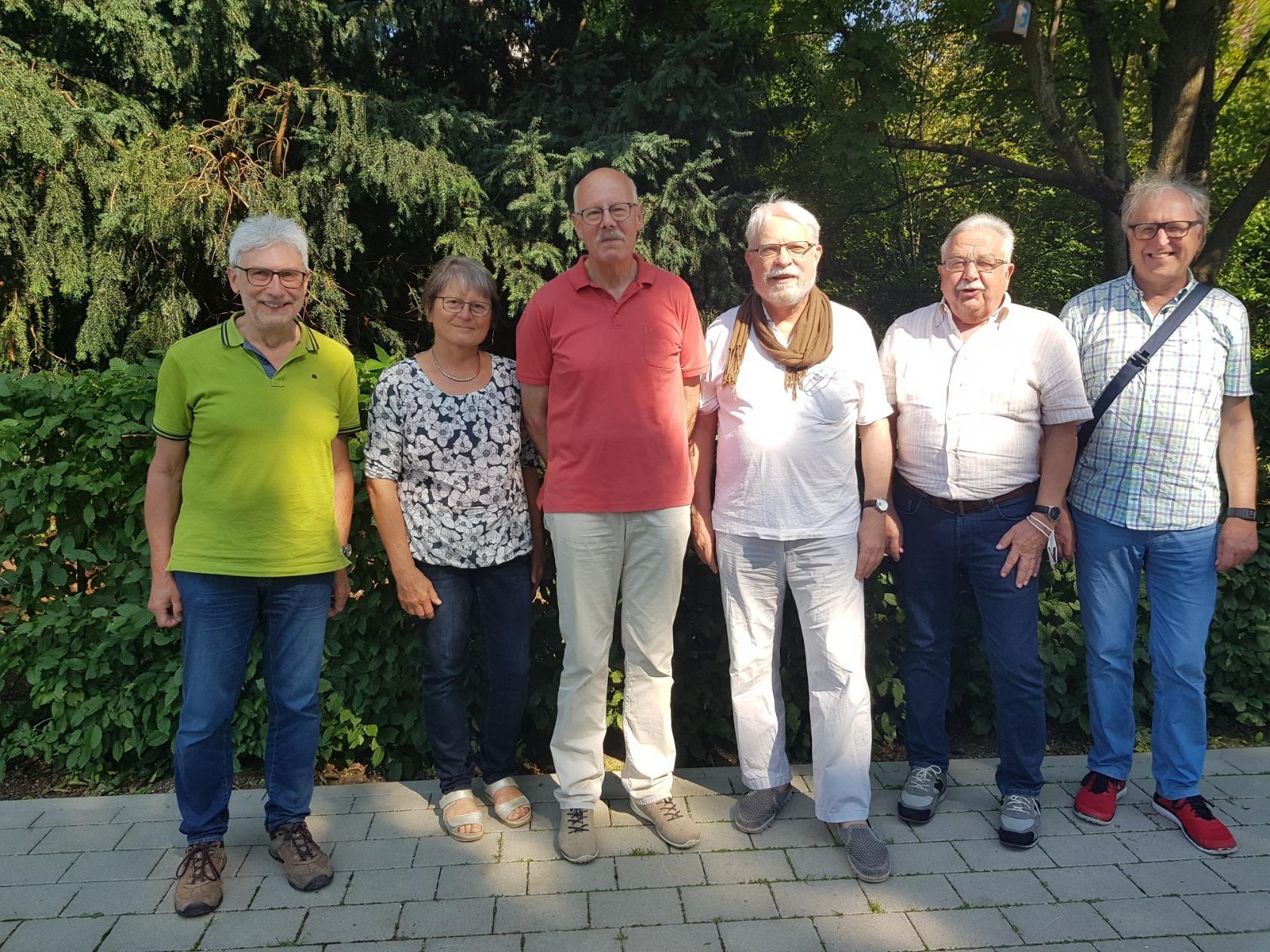 Vorstand Seniorenrat Kernen 2021: v.l. M. Lassak, S. Lassak, P. Oelkrug, U.Lang, O. Förstner, R. Urbanke (es fehlen mI. fink und J. Muth)