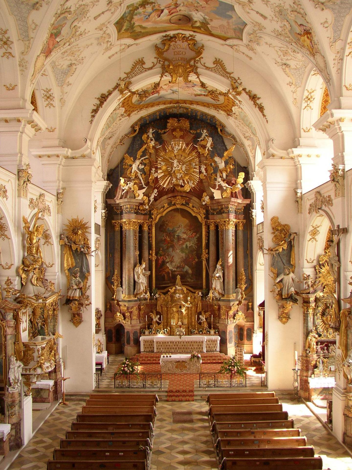 Pfarrkirche Dzell Altar