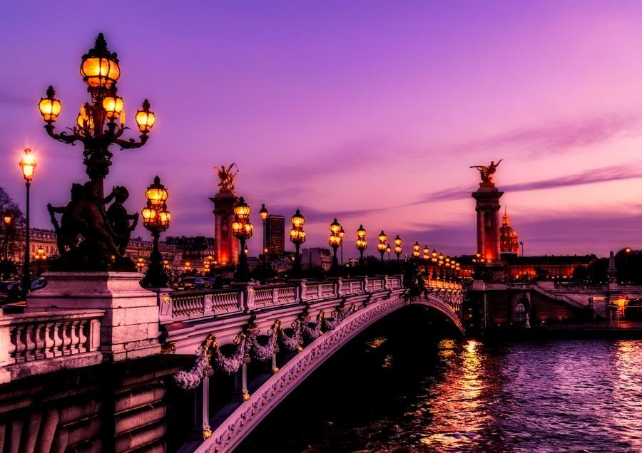 love around the world_Frankreich_Paris_Bild von David Mark auf Pixabay