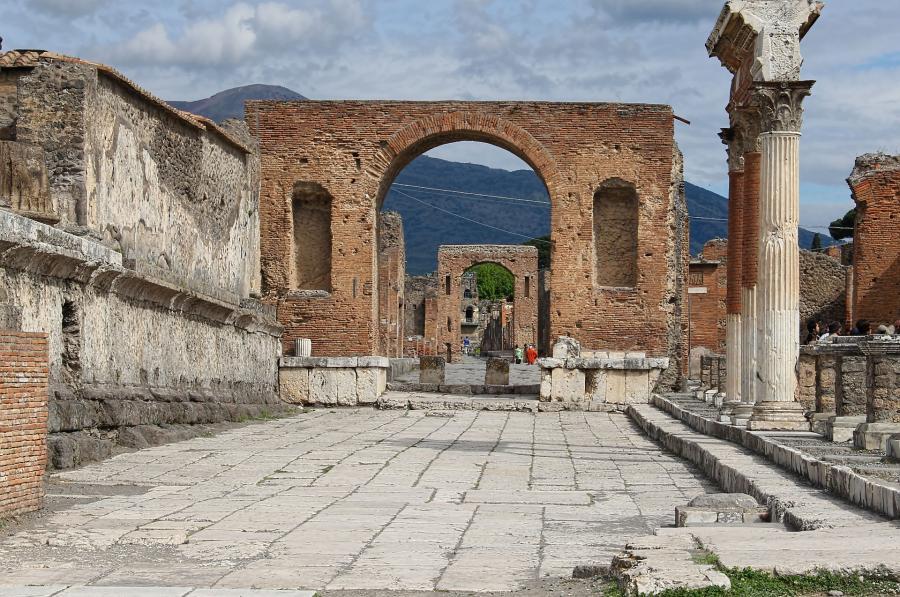 love around the world_Italien_Pompeji_Bild von Betsy Ogles auf Pixabay