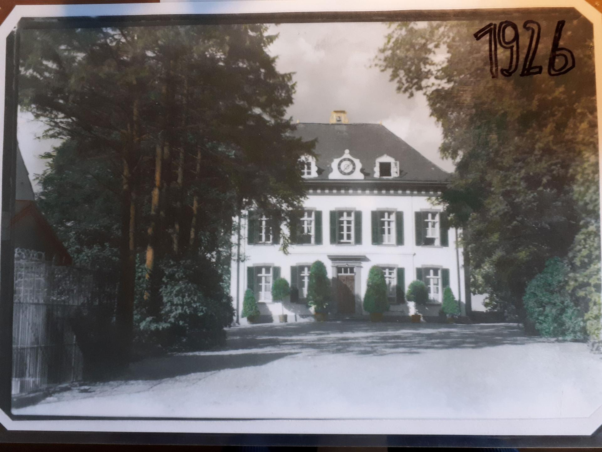 Foto 1926 von Südosten nach Reduzierung und Umbau im 19. Jhdt.