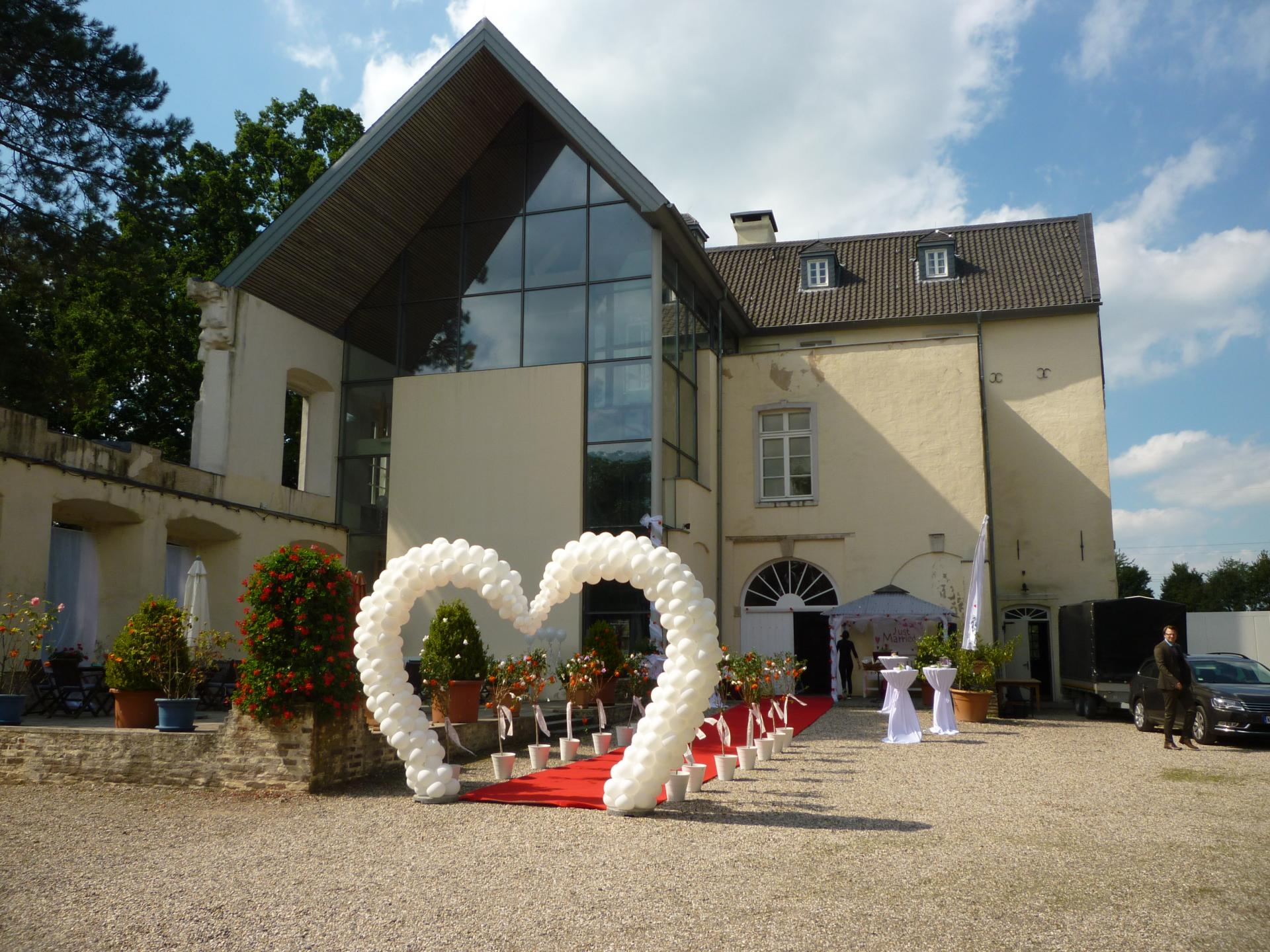 Hochzeitsdeko Eingangsfront