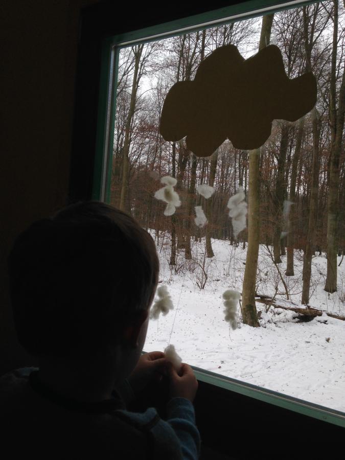 Schneewolke Kind