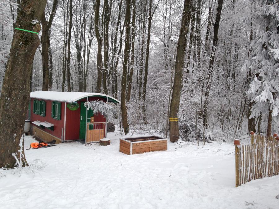 Bauwagen Schnee Gelände