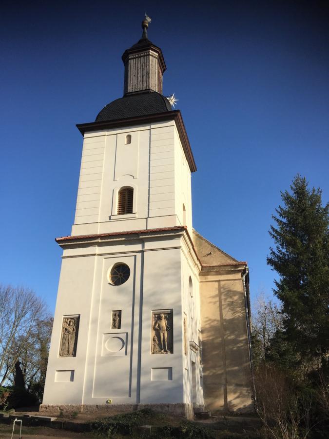 Kirche Westseite