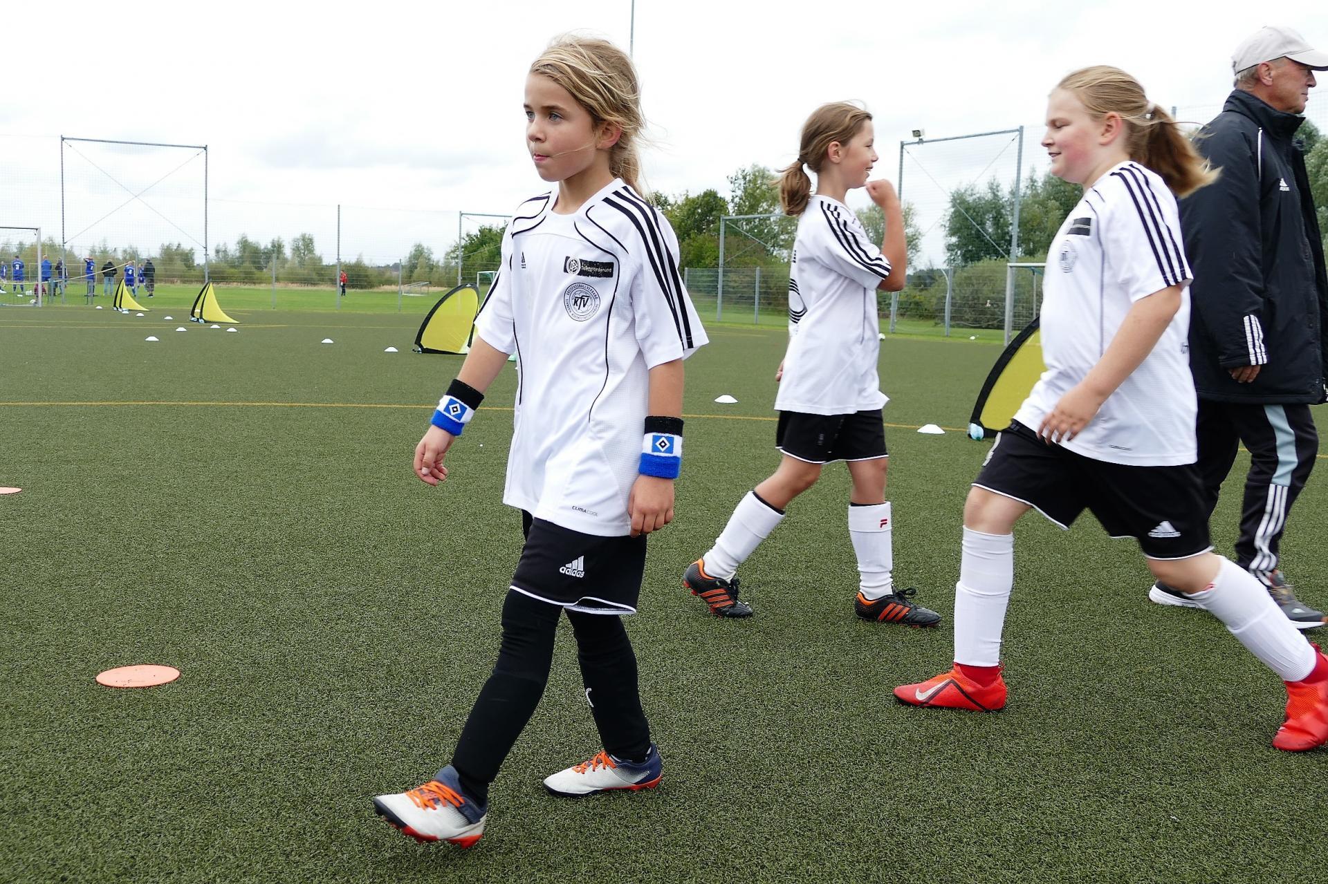 KAW E-Mädchen: Germaid, Laura, Frederike
