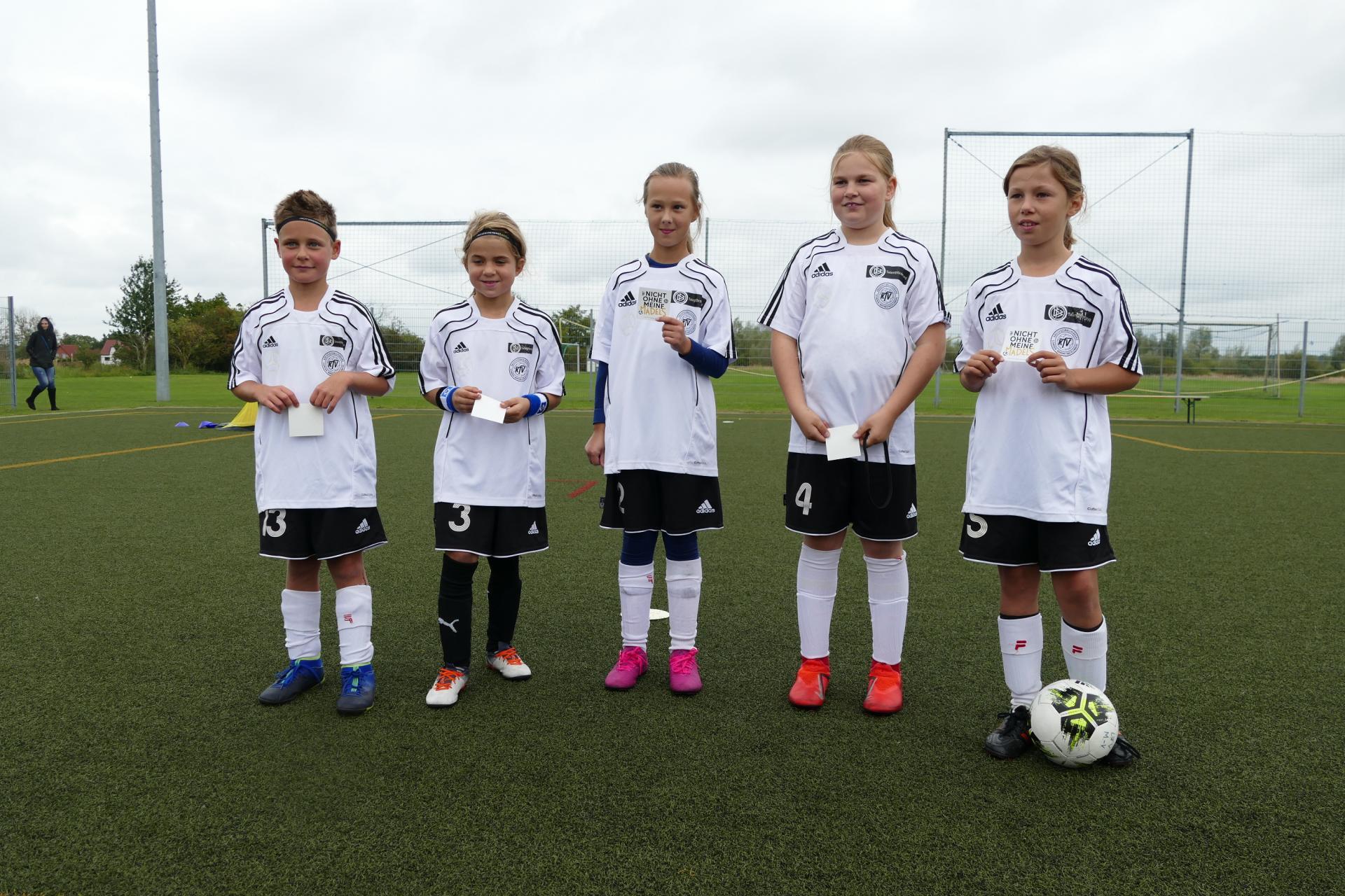 KAW E-Mädchen: Liv, Germaid, Haylie, Frederike, Laura