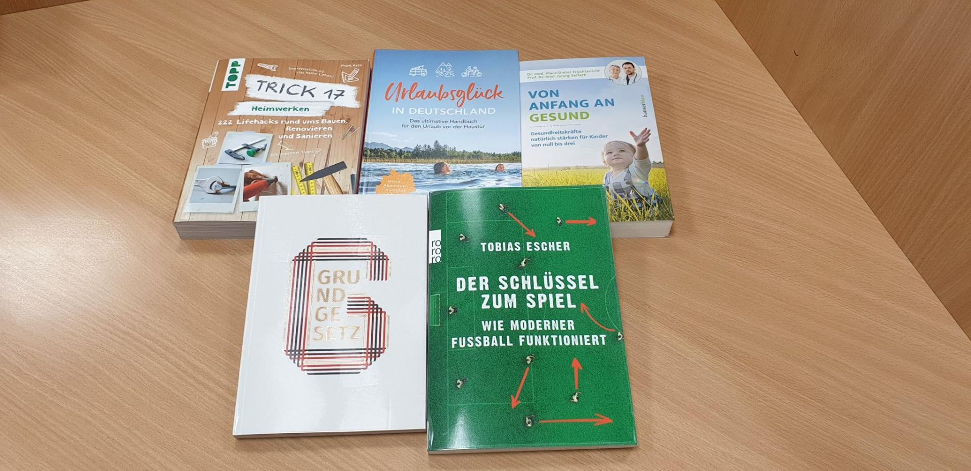 neue sachbücher august