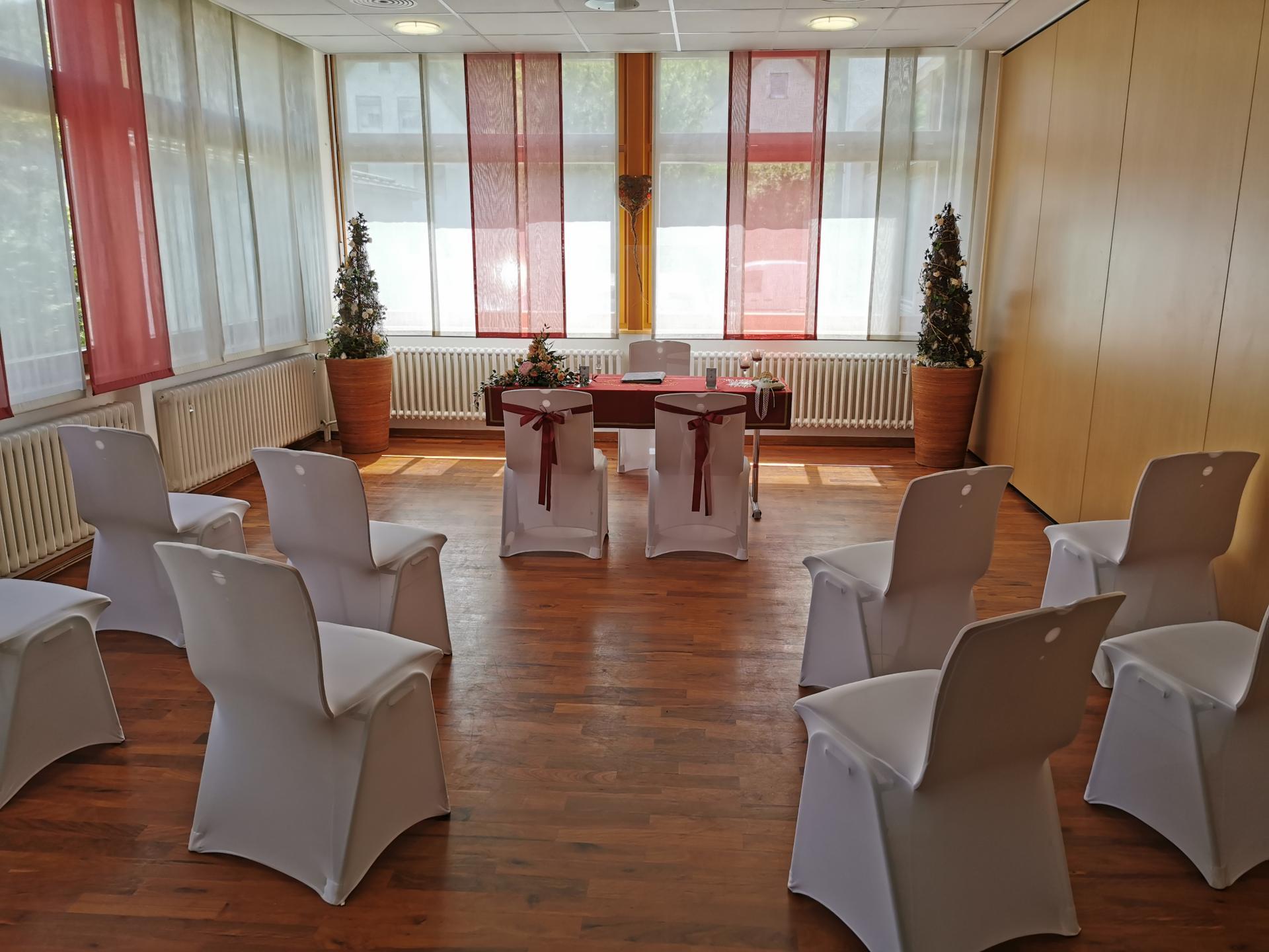 Raum des Standesamtes bei Eheschließung