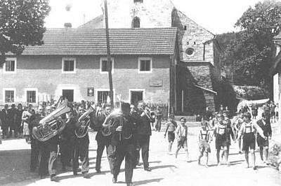 Bauernhochzeit in Süssenbach (ca. 1945)