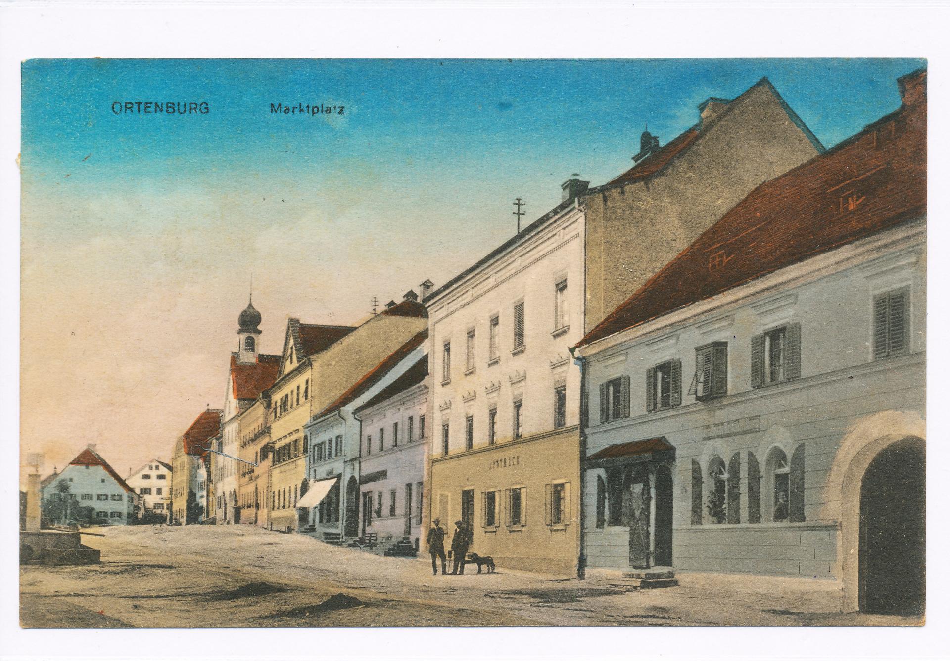 Historische Ansicht des Ortenburger Marktplatzes um 1920