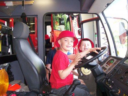Besuch bei der Feuerwehr Nord.JPG