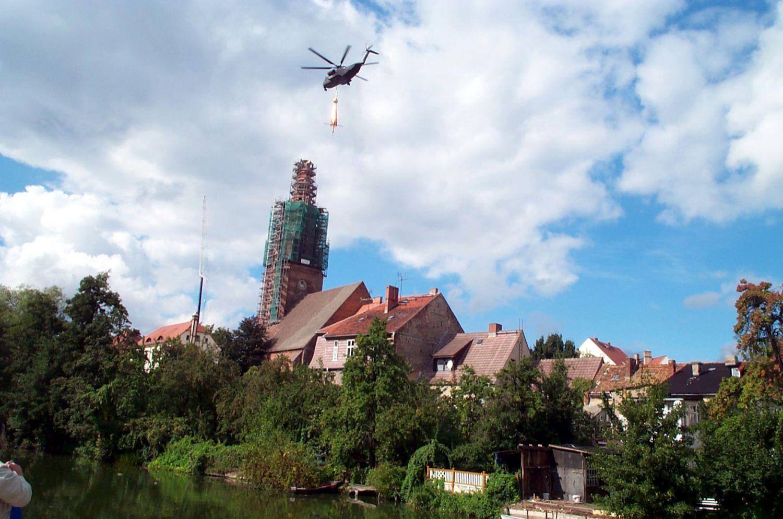 Wiederaufbau des Turmes