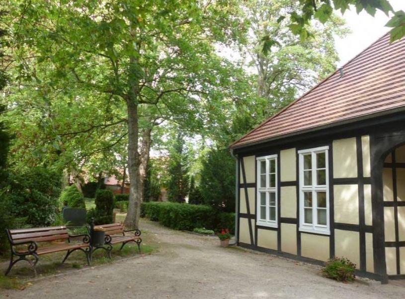 Weinbergfriedhof Torhaus