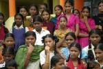 26 Gesichter (Maedchen aus dem Hostel von Kukinoor)-4c9a46a1