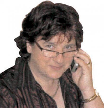 Frau Erika Glenz