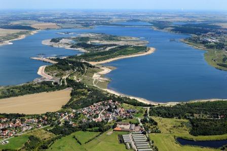 Blick von Stöbnitz zur Insel.jpg