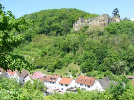 Burgruine Dalburg3.jpg