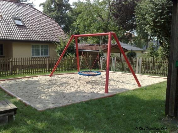 Spielplatz und Garten der Kindertagesstätte 2