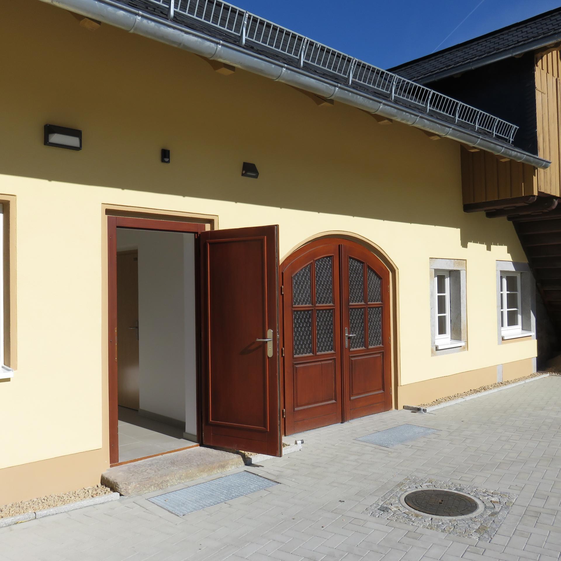 Eingang zu den Räumen der Vermietung Foto:Jana Häntschel
