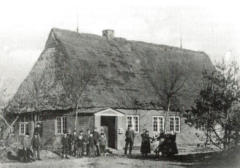 Erstes Schulgebäude (1896)