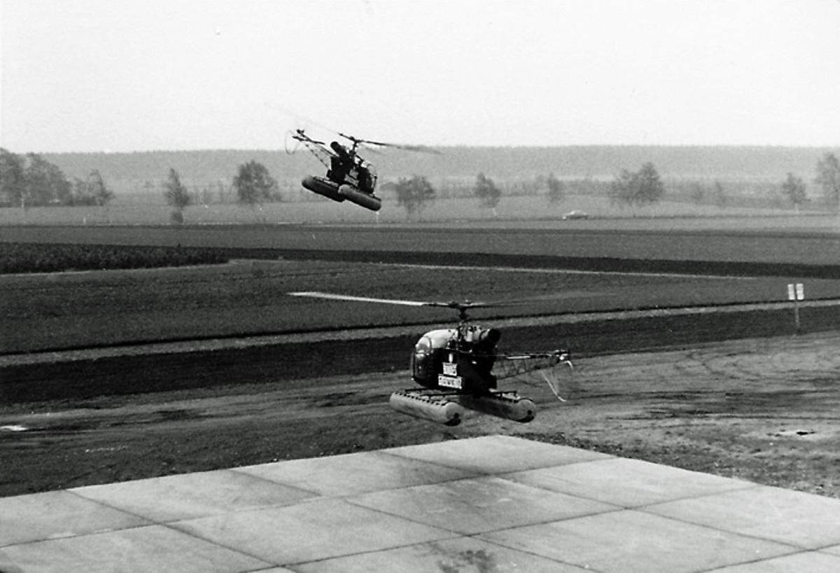 Zwei BGS-Helikopter starten in Hasenmoor