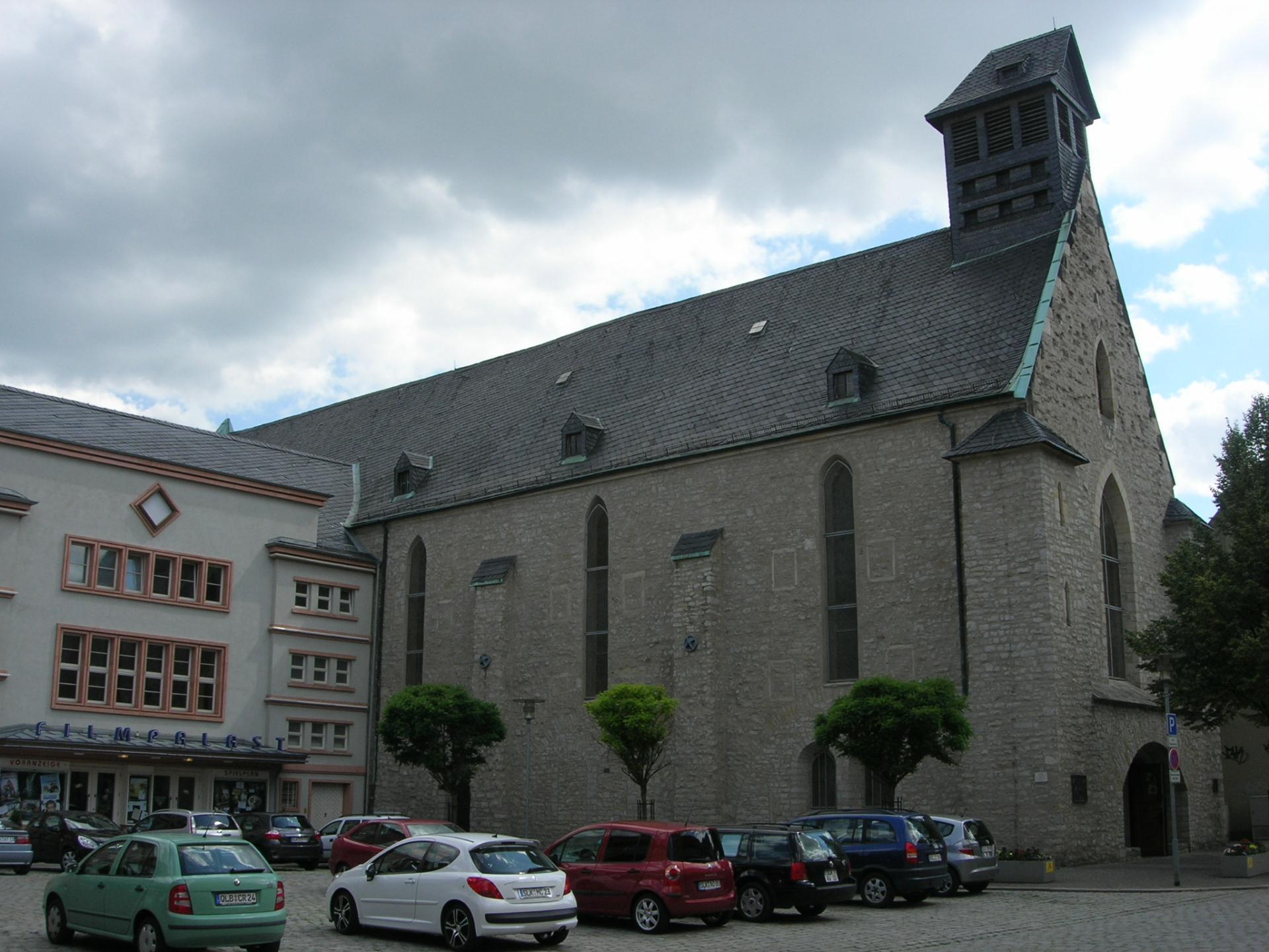 Kirche Aschersleben außen
