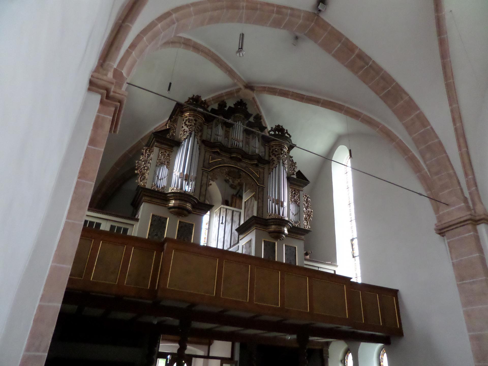 Kirche Aschersleben innen2