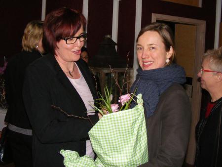 Catrin Seeger und Stephanie Reisinger.JPG