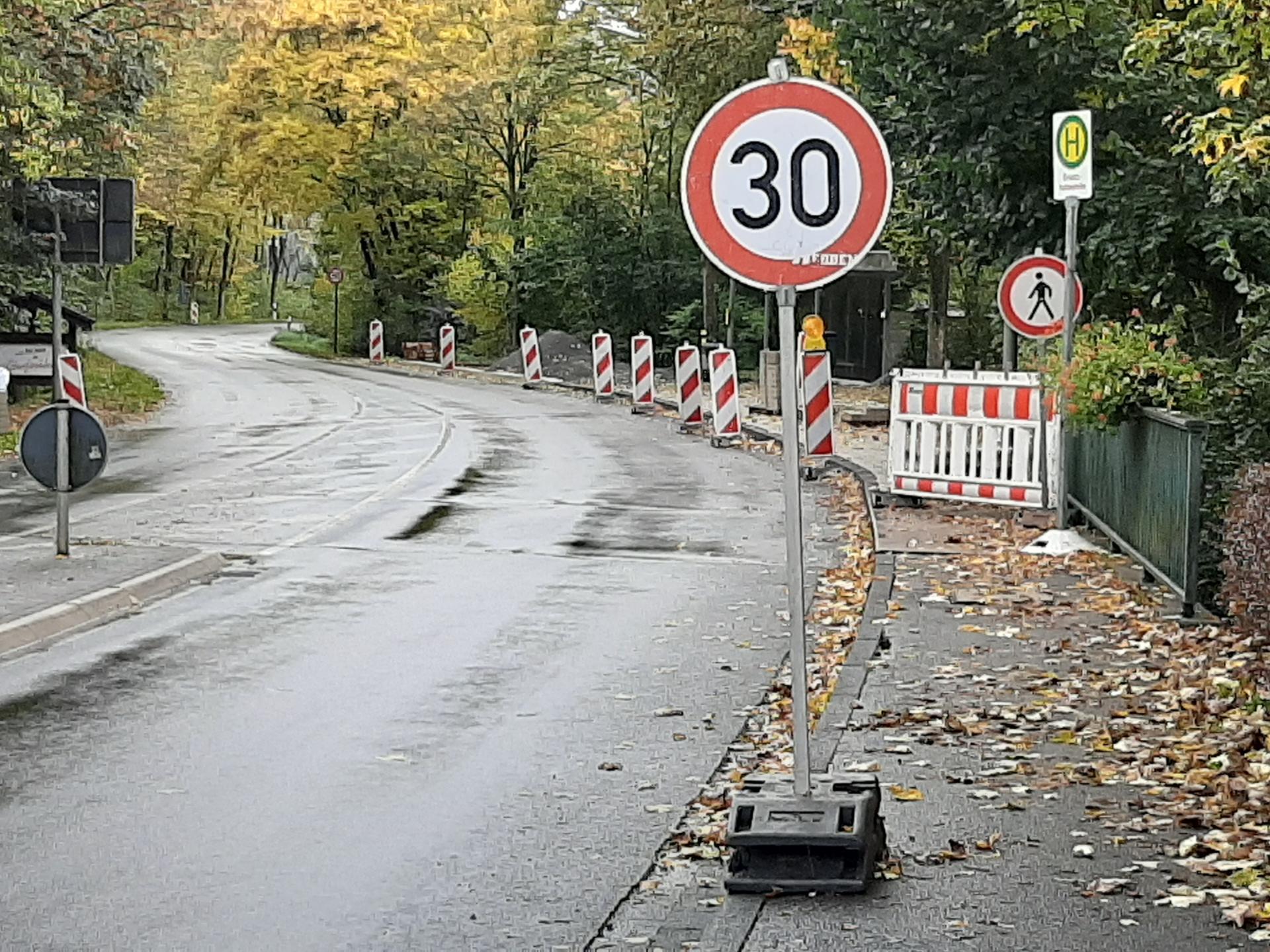 Haltestelle Richtung Niederndorf